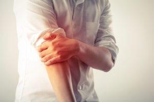 Tennisarmbåge symptom